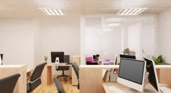 Verlichting werken in kantoor